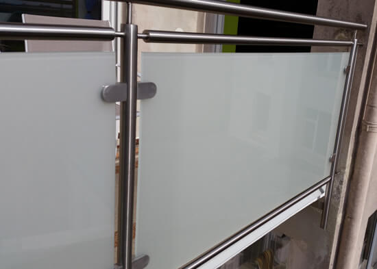 edelstahl balkongel nder mit glas selbst gebaut. Black Bedroom Furniture Sets. Home Design Ideas